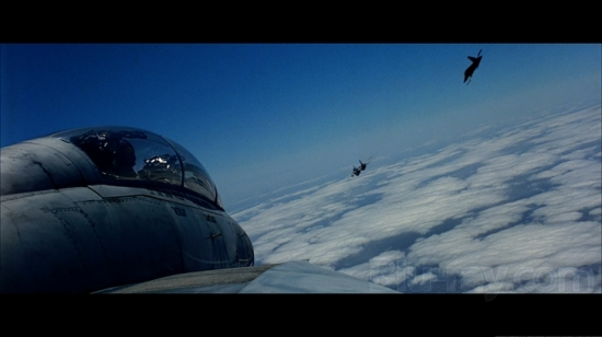 Top Gun Close